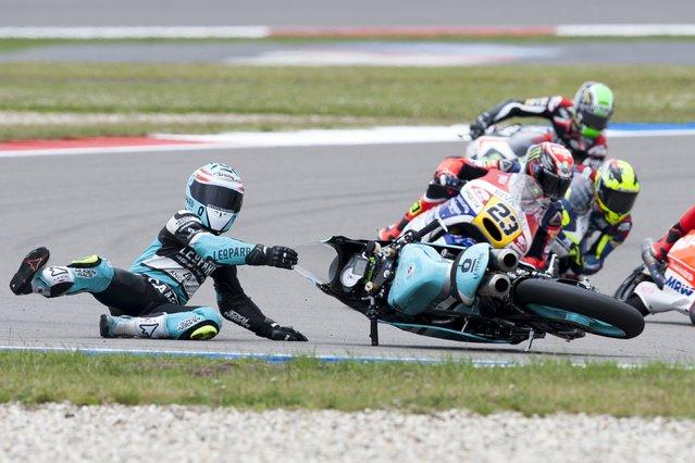 Honda Moto3 rider Efren Vazquez of Spain crashes during the race at the TT Assen Grand Prix at Assen, Netherlands June 27, 2015. (Photo by Ronald Fleurbaaij/Reuters)