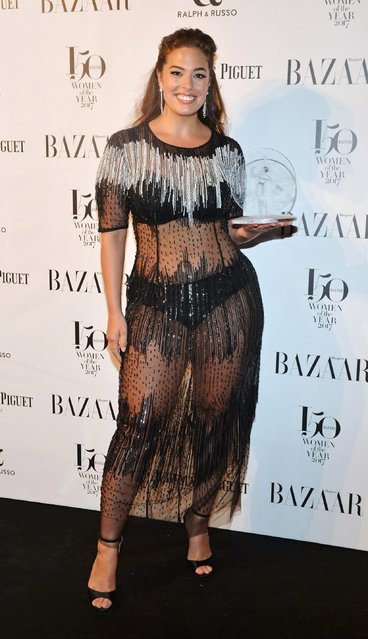 Ashley Graham, winner of the Model of the Year award, attends Harper's Bazaar Women of the Year Awards in association with Ralph & Russo, Audemars Piguet and Mercedes-Benz at Claridge's Hotel on November 2, 2017 in London, England. (Photo by David M. Benett/Dave Benett/Getty Images for Harper's Bazaar )
