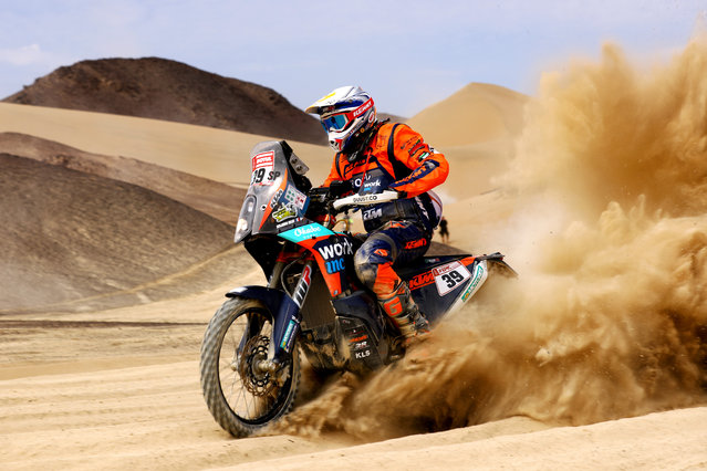 Benjamin Melot of France and Duust Rally rides a KTM 450 Rally Replica bike in the Classe 2.2 : Marathon during stage two of the 2018 Dakar Rally, a loop stage to and from Pisco on January 7, 2018 in UNSPECIFIED, Peru. (Photo by Dan Istitene/Getty Images)