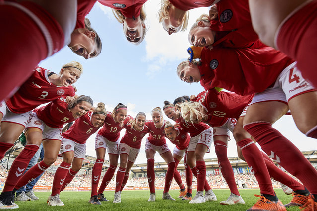 The players of Denmark huddle prior to the FIFA Women's World Cup qualifier match between Denmark and Sweden at Viborg Stadion on September 4, 2018 in Viborg, Denmark. (Photo by Lars Ronbog/FrontZoneSport via Getty Images)