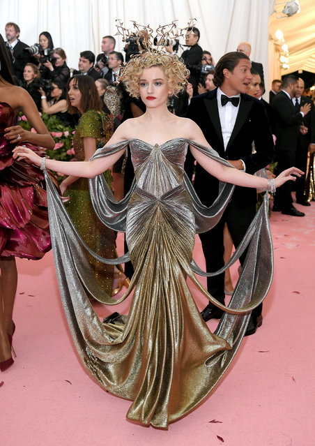 Julia Garner attends The 2019 Met Gala Celebrating Camp: Notes on Fashion at Metropolitan Museum of Art on May 06, 2019 in New York City. (Photo by Neilson Barnard/Getty Images)