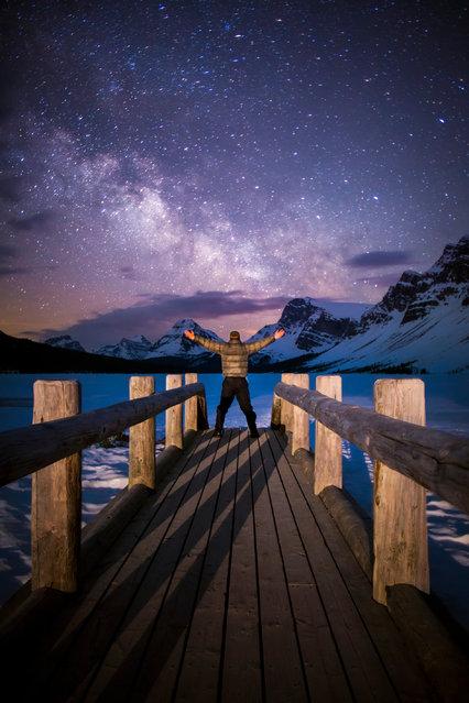 "Paul Zizka in ""Galactic Gateway"", Bow Lake, Banff National Park, May 11, 2013. (Photo by Paul Zizka/Caters News)"