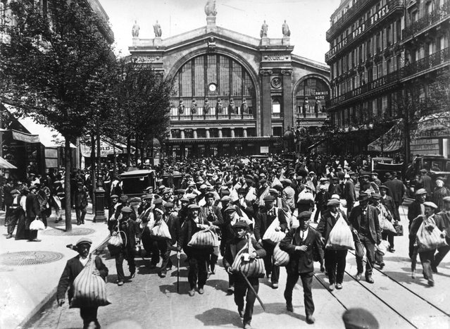 French reservists heading for the headquarters to join the army at the start of World War I, 1914.