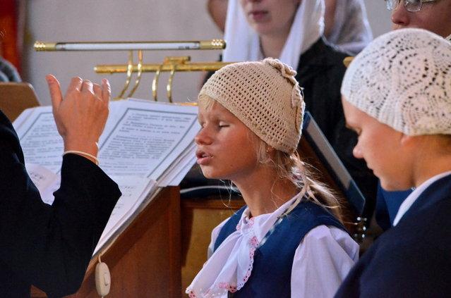 """Choir orphanage for deaf-blind children"". (Photo by Vladimir Sajapin)"