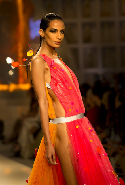 A model displays a creation of Indian designer Wendell Rodricks during the grand finale of Amazon India fashion Week, in New Delhi, India ,Sunday, March 29, 2015. (Photo by Manish Swarup/AP Photo)