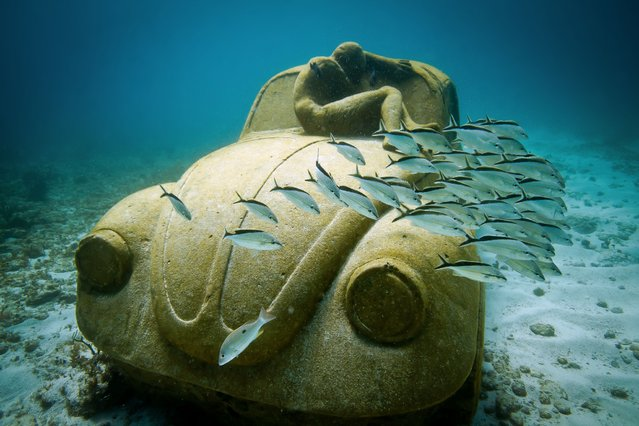 """Anthropocene"". Underwater Sculpture, Museo Subacuático de Arte, Cancun. (Photo by Jason deCaires Taylor/UnderwaterSculpture)"