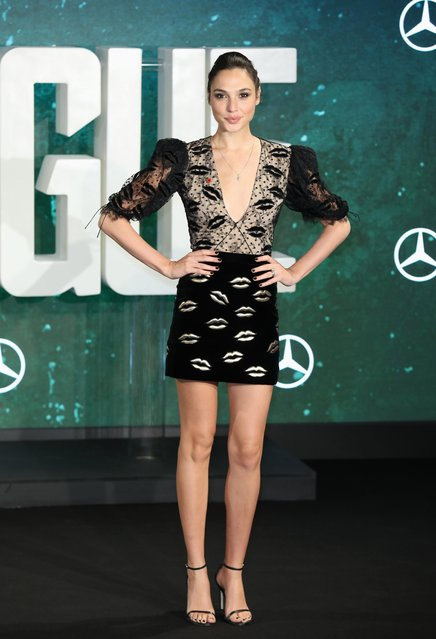 """Actress Gal Gadot attends the """"Justice League"""" photocall at The College on November 4, 2017 in London, England. (Photo by Tim P. Whitby/Getty Images)"""