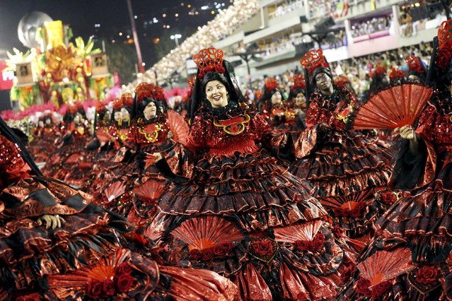 Revellers of Salgueiro samba school perform during the carnival parade at the Sambadrome in Rio de Janeiro February 8, 2016. (Photo by Sergio Moraes/Reuters)
