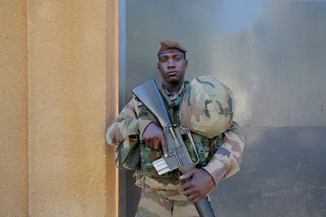 A soldier of ECOWAS troops poses for a picture in Banjul, Gambia January 24, 2017. (Photo by Thierry Gouegnon/Reuters)