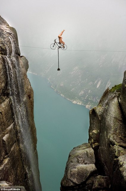 Eskil Ronningsbakken By Extreme Balancing Acts