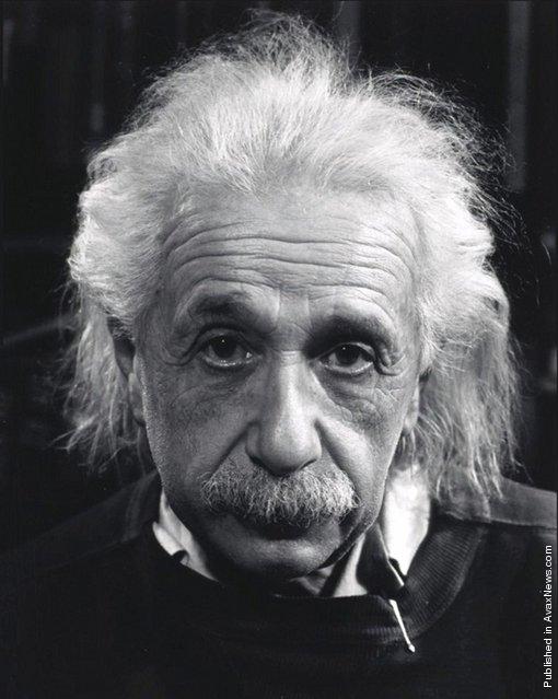 Albert Einstein in his home. USA, Princeton, New Jersey. 1947. Photo by Philippe Halsman