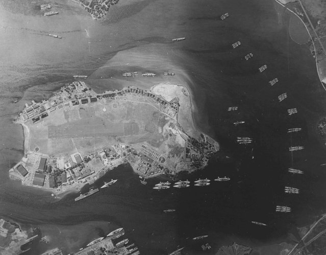 An aerial photograph taken the year before the Japanese raid shows the East Loch and the the Fleet Air Base on Ford Island in Pearl Harbor, Hawaii, U.S. May 3, 1940. Visible are the carrier Yorktown, ten battleships, seventeen cruisers, two light cruisers, and over thirty destroyers. The 75th anniversary of the attack, which brought the United States into World War Two, is marked on December 7, 2016. (Photo by Reuters/U.S. Navy/National Archives)