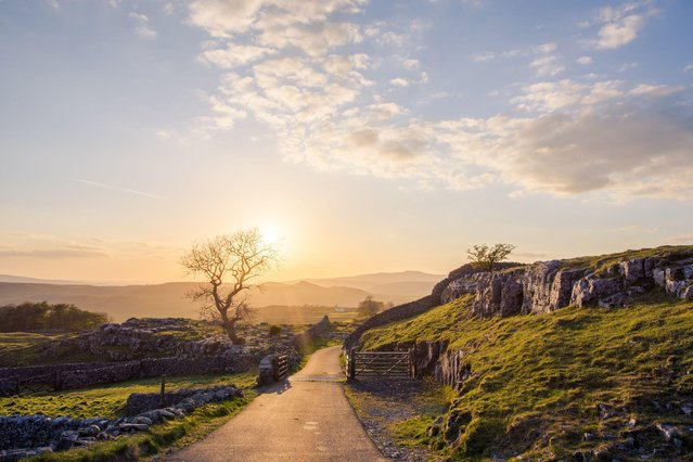 Sunset in Langcliffe, North Yorkshire, Britain on May 14,  2016. (Photo by Dave Zdanowicz/Rex Features/Shutterstock)