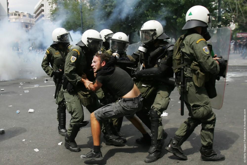 Greece Crippled By 48 Hour Strike