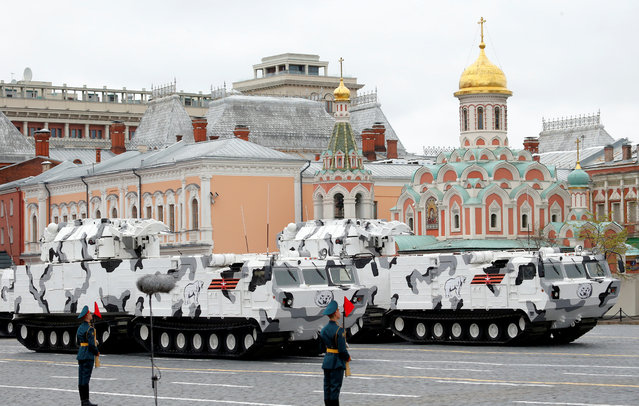 Two Pantsir-SA surface-to-air missile systems during the 72nd anniversary of the end of World War II on the Red Square in Moscow, Russia on May 9, 2017. (Photo by Sergei Karpukhin/Reuters)