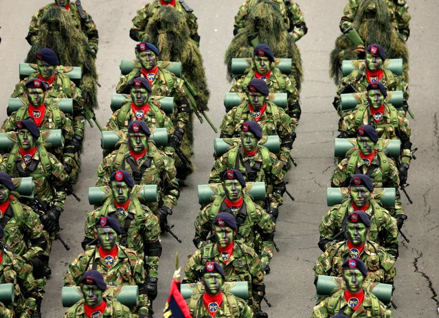 Special forces soldiers participate in Colombia's Independence Day Parade to celebrate the 206th anniversary of Colombia's independence in Bogota, Colombia, July 20, 2016. (Photo by John Vizcaino/Reuters)