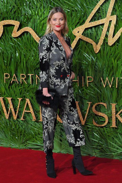 Model and presenter Laura Whitmore attends The Fashion Awards 2017 in partnership with Swarovski at Royal Albert Hall on December 4, 2017 in London, England. (Photo by David Fisher/Rex Features/Shutterstock)