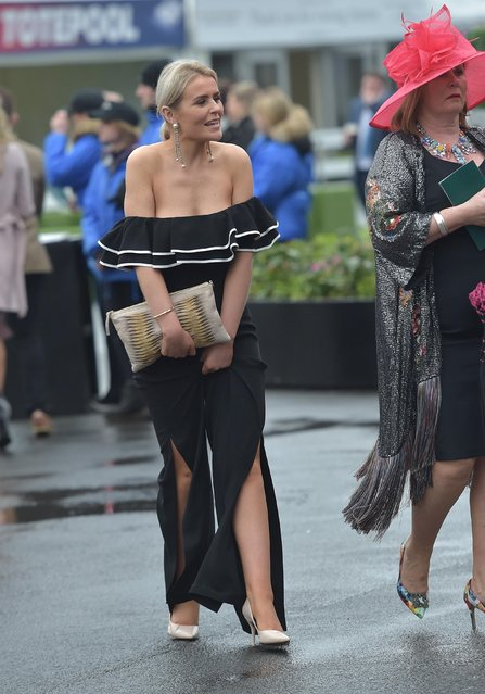 Racegoers during Ladies Day at the Grand National Festival at Aintree Racecourse on April 13, 2018 in Liverpool, England. (Photo by Hugh Routledge/Rex Features/Shutterstock)