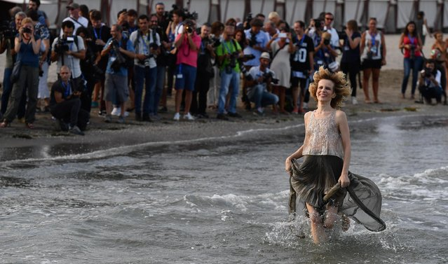 Italian actress Sonia Bergamasco poses for photographers at the Lido Beach ahead of the 73rd annual Venice International Film Festival, in Venice, Italy, 30 August 2016. The festival runs from 31 August to 10 September. Sonia Bergamasco will host the opening ceremony. (Photo by Ettore Ferrari/ANSA)
