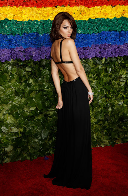 US model Emily Ratajkowski attends the 73rd Annual Tony Awards at Radio City Music Hall on June 9, 2019 in New York City. (Photo by /Andrew Kelly/Reuters)