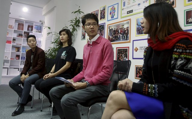 Vietnamese gay rights activist Luong The Huy (2nd R) attends a news conference with transgenders Ngoc Tu (L), Anh Phong (2nd L) and La Lam (R) in Hanoi, Vietnam, November 26, 2015. While transgender, gay and lesbian people are persecuted and even jailed in many Asian countries, Vietnam has quietly become a trailblazer, with laws to decriminalize gay marriage and co-habitation and recognize s*x changes on identity documents. (Photo by Reuters/Kham)