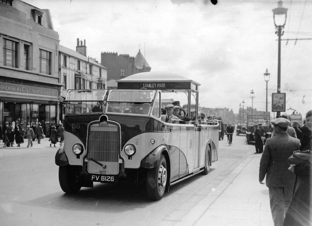 A streamlined single-decker bus in Blackpool. 16th July 1935 (Photo by Fox Photos)