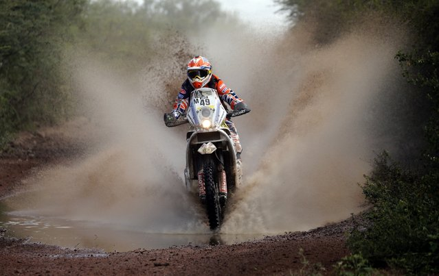 KTM rider Emanuel Gyenes of Romania rides during the 12th stage of the Dakar Rally 2015 from Termas de Rio Hondo to Rosario January 16, 2015. (Photo by Jean-Paul Pelissier/Reuters)