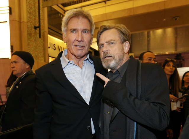 "Actors Harrison Ford (L) and Mark Hamill arrive at the premiere of ""Star Wars: The Force Awakens"" in Hollywood, California December 14, 2015. (Photo by Mario Anzuoni/Reuters)"