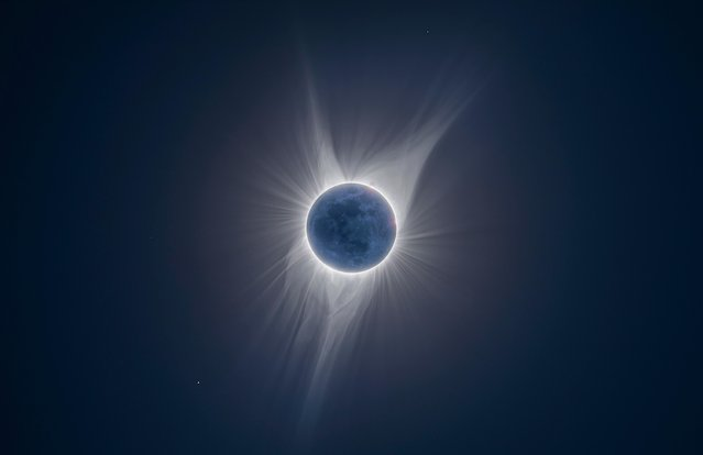 During a solar eclipse, the brightness of the solar corona hides the details of the moon. (Photo by Peter Ward/Astronomy Photographer of the Year 2018)