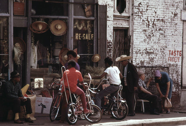 Sidewalk merchandise on Chicago's South Side, June 1973. (Photo by John H. White/NARA via The Atlantic)