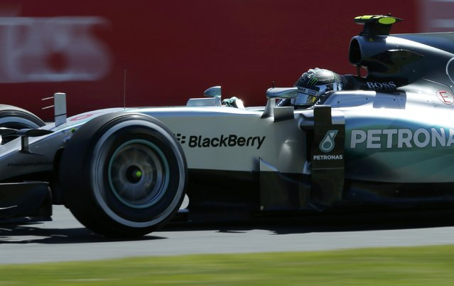 Mercedes Formula One driver Nico Rosberg of Germany drives during the first practice session of the Australian F1 Grand Prix at the Albert Park circuit in Melbourne March 13, 2015.  REUTERS/Jason Reed