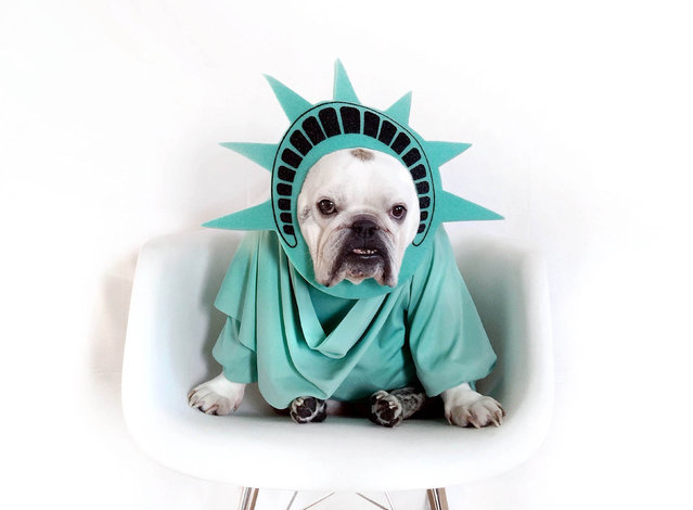 Maya as the statue of liberty. (Photo by Tania Ahsan/Caters News)