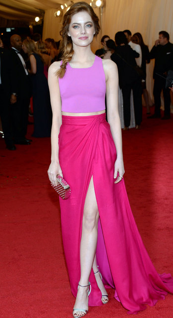 "Emma Stone attends The Metropolitan Museum of Art's Costume Institute benefit gala celebrating ""Charles James: Beyond Fashion"" on Monday, May 5, 2014, in New York. (Photo by Evan Agostini/Invision/AP Photo)"