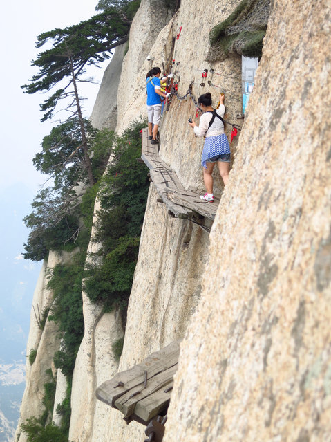 The notorious Plank Path, below the South Peak of Mount Hua, Xian, Shaanxi Province, China
