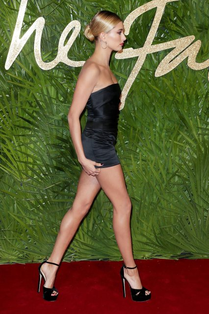 Hailey Baldwin attends The Fashion Awards 2017 in partnership with Swarovski at Royal Albert Hall on December 4, 2017 in London, England. (Photo by Matt Baron/Rex Features/Shutterstock)