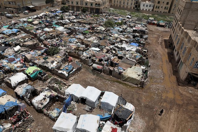 A view of a slum area for the Muhamasheen (marginalized) community in Sanaa, Yemen on July 26, 2020. (Photo by Khaled Abdullah/Reuters)