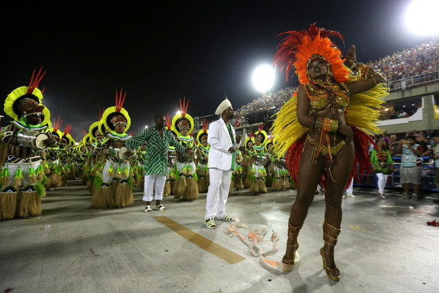 Drum queen Cris Vianna from Imperatriz samba school performs during the carnival parade at the Sambadrome in Rio de Janeiro, Brazil February 27, 2017. (Photo by Sergio Moraes/Reuters)