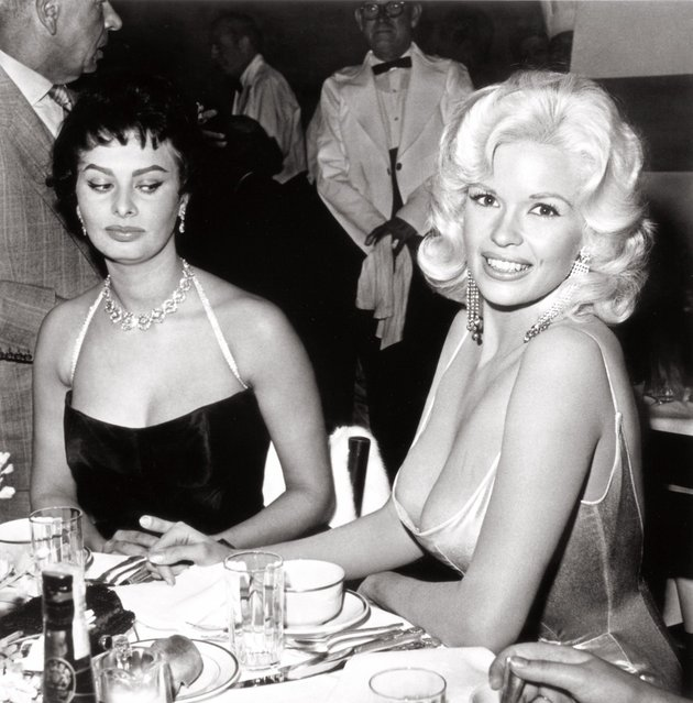 Sophia Loren gave the most legendary side-eye ever, shooting daggers at Jayne Mansfield in 1957. (Photo by Everett Collection)