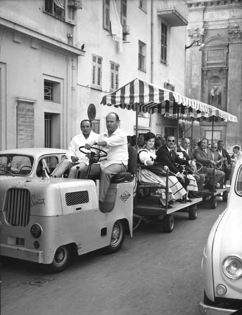 A mini-tram taking sightseers through the old town of Nice, August 1966. (Photo by Keystone)