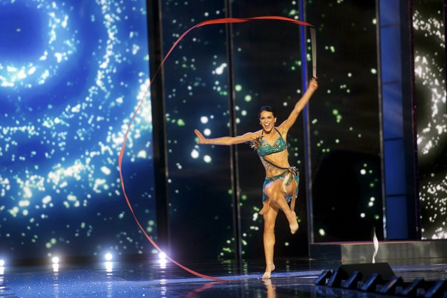 Miss Minnesota Rachel Latuff competes in a contemporary ribbon dance during the first night of preliminaries of Miss America at Boardwalk Hall in Atlantic City, New Jersey, September 8, 2015. (Photo by Mark Makela/Reuters)