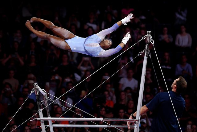 Simone Biles of USA performs on Uneven Bars during Women's Qualification on Day 2 of the FIG Artistic Gymnastics World Championships on October 05, 2019 in Stuttgart, Germany. (Photo by Laurence Griffiths/Getty Images)