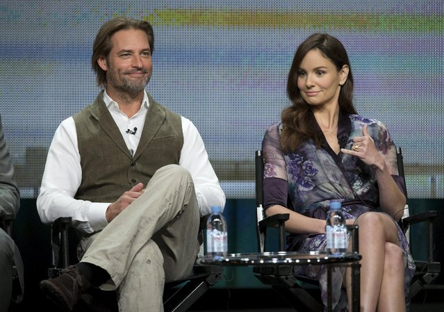 "Cast members Josh Holloway and Sarah Wayne Callies attend a panel for the NBCUniversal (USA) television series ""Colony"" during the Television Critics Association Cable Summer Press Tour in Beverly Hills, California August 12, 2015. (Photo by Mario Anzuoni/Reuters)"