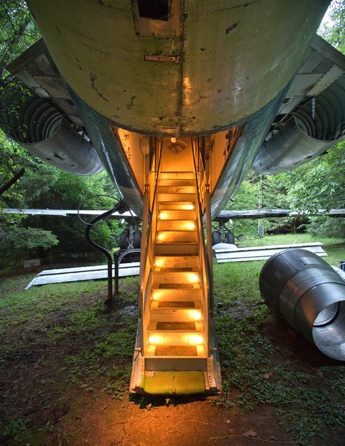 Bruce Campbell's 727 Home Project