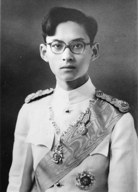 The new King of Siam, Bhumibol Adulyadej, 18 years old, was named King after the accidental death of his older brother King Ananda Mahidol on June 9, 1946. (Photo by AP Photo)