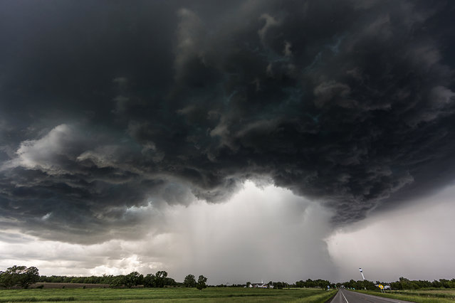 A supercell in Bertha, Minnesota in 2014. (Photo by Camille Seaman/Caters News)