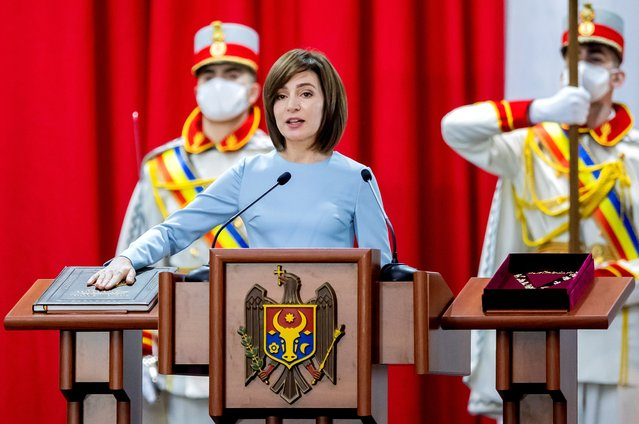 Moldova's President-elect Maia Sandu takes the oath of office during her inauguration ceremony in Chisinau on December 24, 2020. (Photo by Reuters/Stringer)