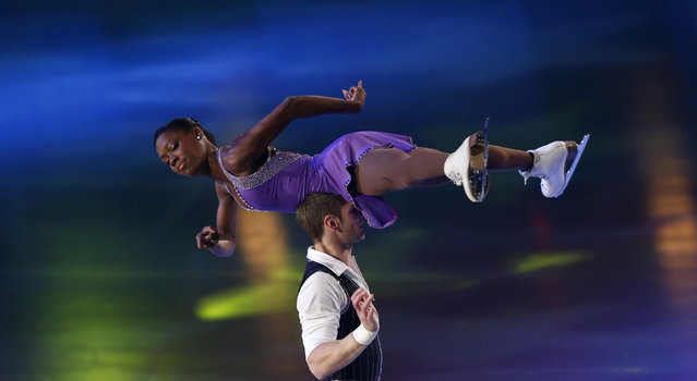 Vanessa James and Morgan Cipres of France perform at the gala exhibition during ISU Bompard Trophy event at Bercy in Paris, November 17, 2013. (Photo by Gonzalo Fuentes/Reuters)