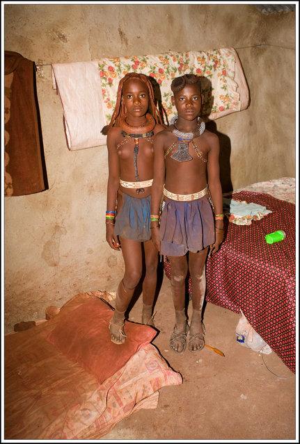 Himba Beauty Girl. Photo by Alessandro Ravizza