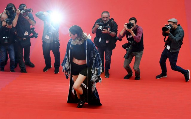 "French actress Marion Cotillard arrives for the screening of the film ""Matthias and Maxime"" at the 72nd edition of the Cannes Film Festival in Cannes, southern France, on May 22, 2019. (Photo by Antonin Thuillier/AFP Photo)"