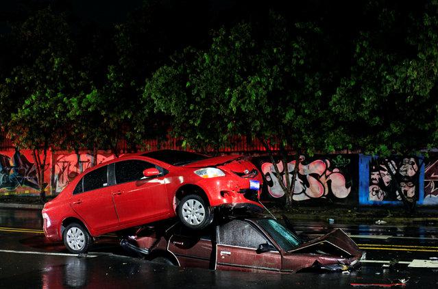 A car crash scene is pictured in San Salvador, El Salvador July 7, 2016. (Photo by Jose Cabezas/Reuters)